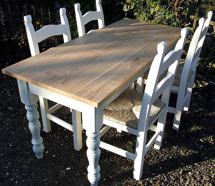Farmhouse Dining Table With Turned Legs Oiled Oak Top