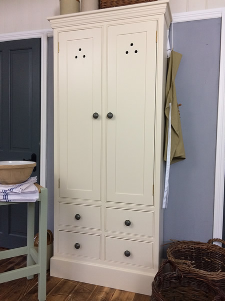 Freestanding country larder cupboard with 4 drawers