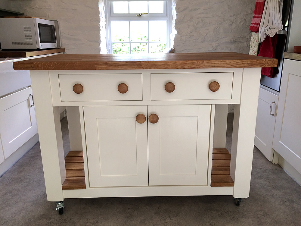 Freestanding Kitchen Island fitted with double cupboard & drawers