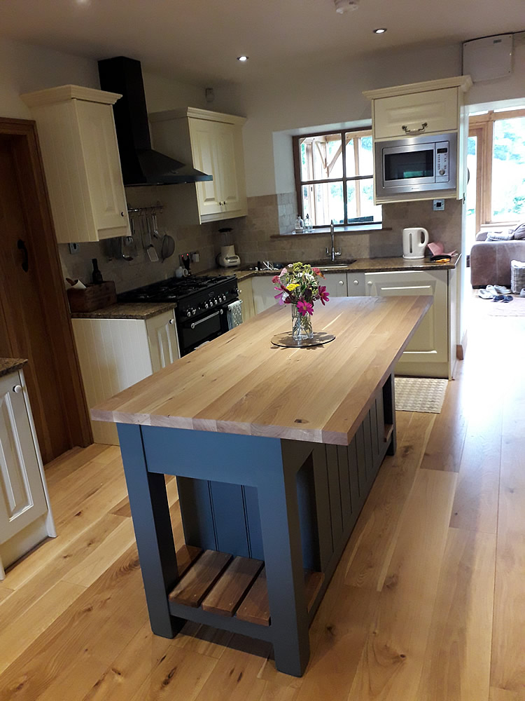 Freestanding Kitchen Island with Oak Worktop & Matching Slatted Shelves