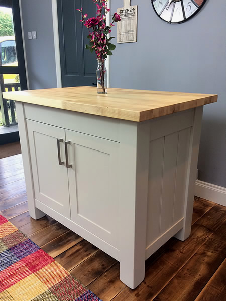 Freestanding kitchen island with tongued & grooved end panels