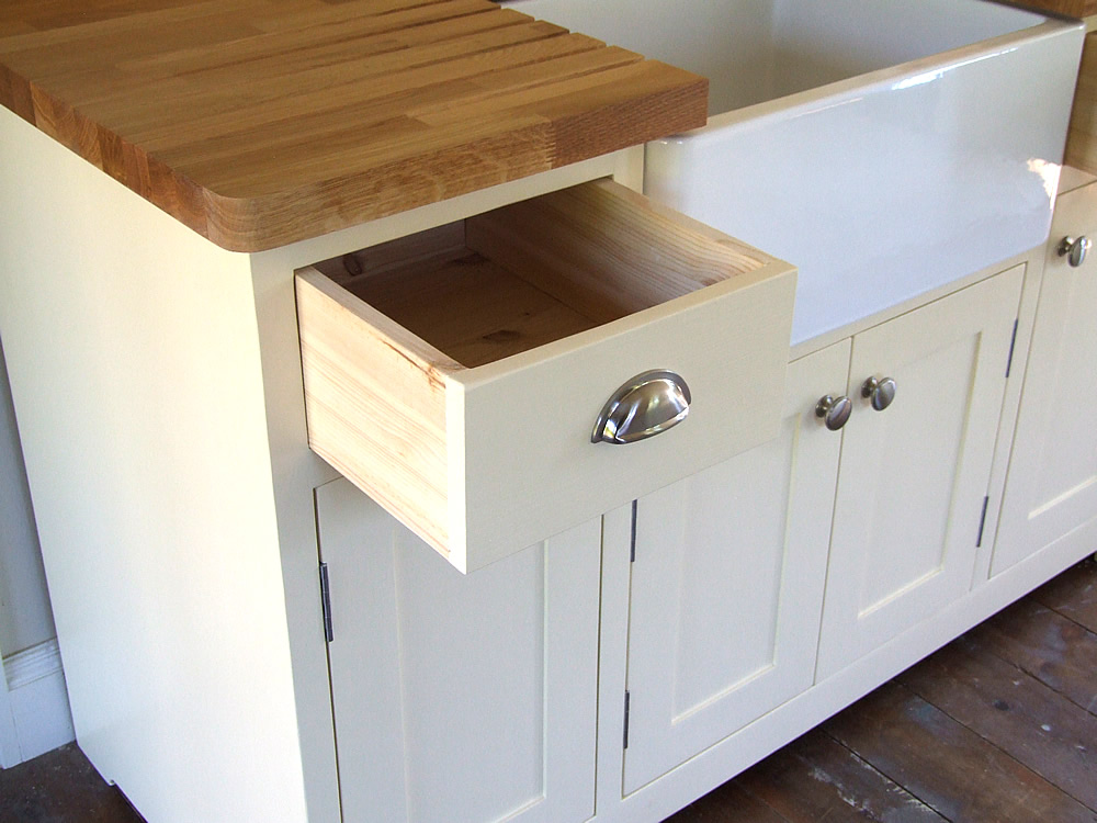 Freestanding Belfast sink unit with solid wood, dovetailed drawers
