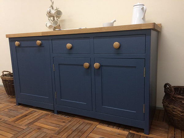 Freestanding kitchen cupboard with double drawers