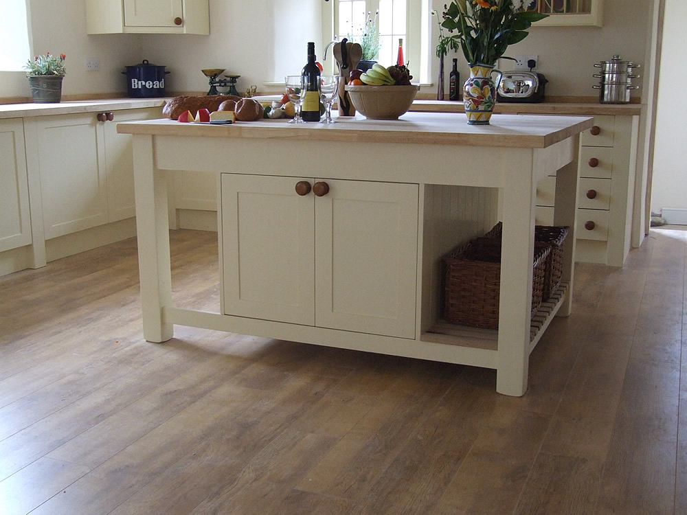 freestanding kitchen island with seating freestanding kitchen islands painted kitchen islands 3942