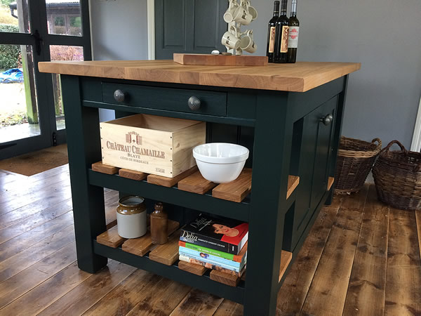 freestanding kitchen island with double slatted oak end shelves