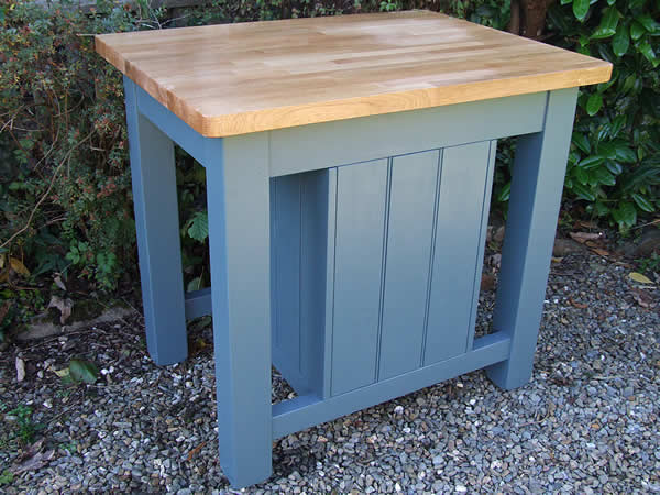Small freestanding kitchen island in farrow & ball inchyra blue - rear view