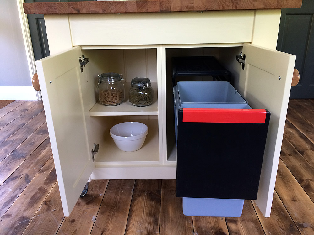 Freestanding Kitchen Island With Small Breakfast Bar Cupboard