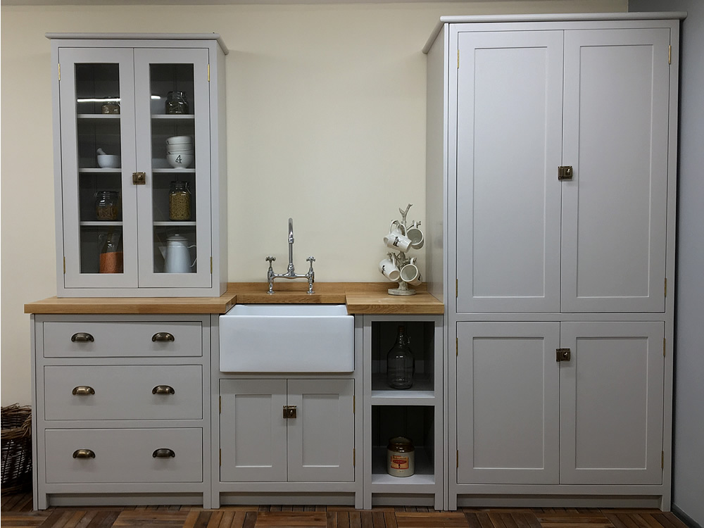 Bespoke Painted Kitchen Base Cabinets