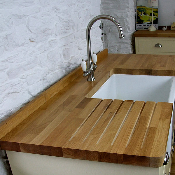 rustic oak worktop sink cutout & drainer grooves